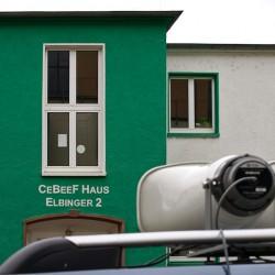 Kundgebung CeBeeF-Haus